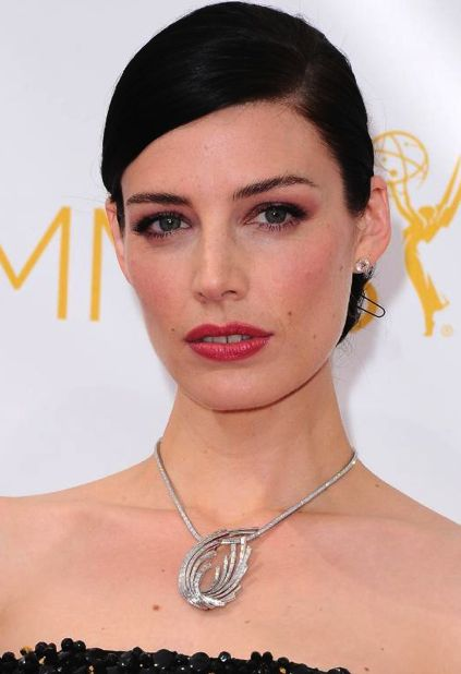 On The Red Carpet The 2014 Emmy Awards Revealed The Hottest Jewelry Trends Of The Moment