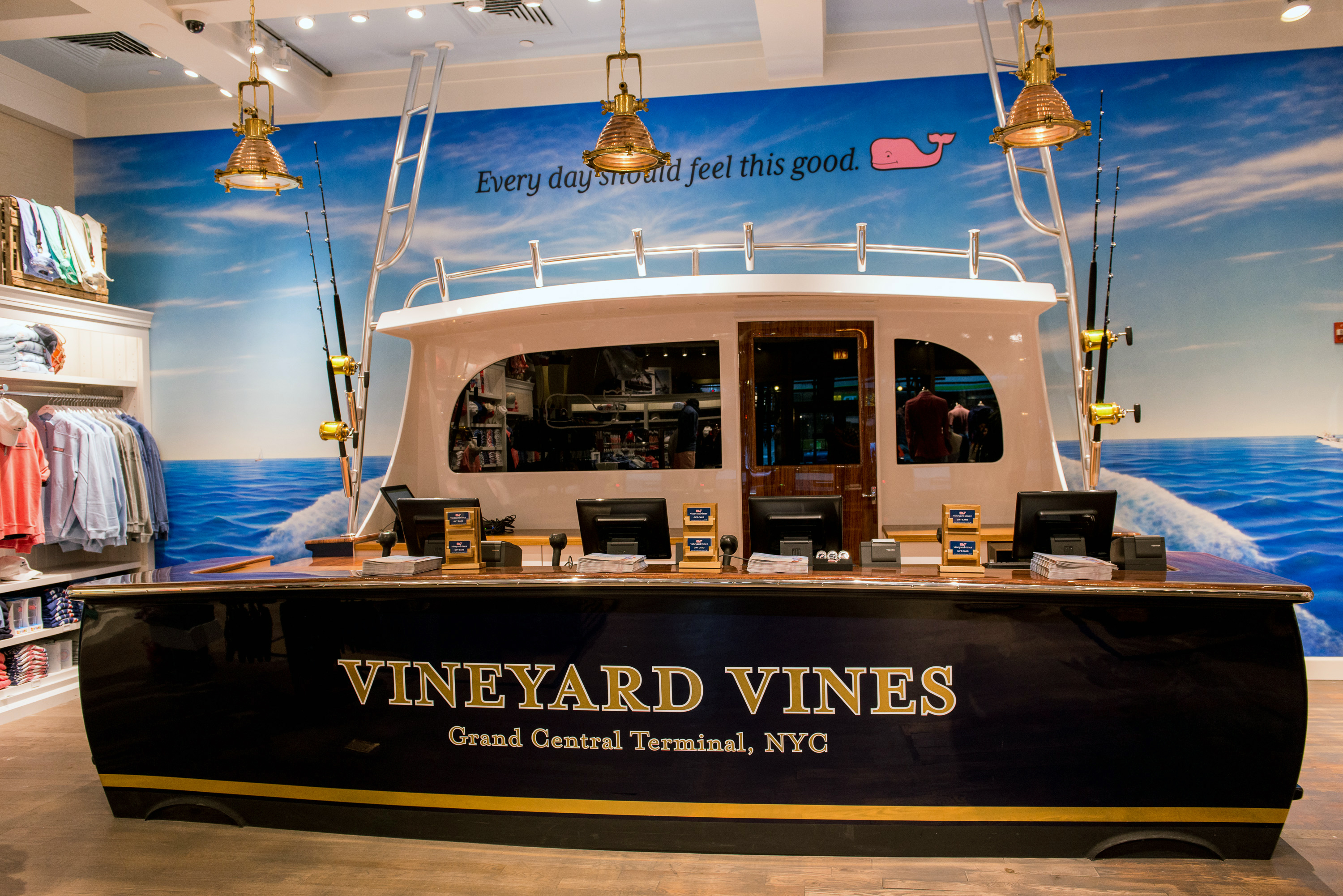 Vineyard Vines Opens NY Flagship At Grand Central Terminal