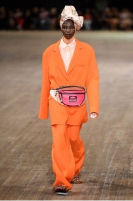 We Break Down The Top Fashion Trends For Spring 2018 From The Runway