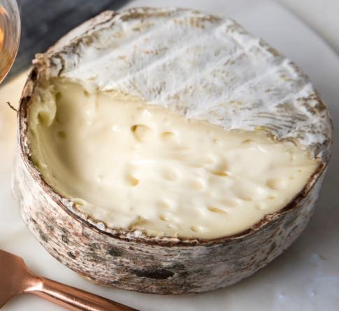 How To Pair Wine And Cheese This Season