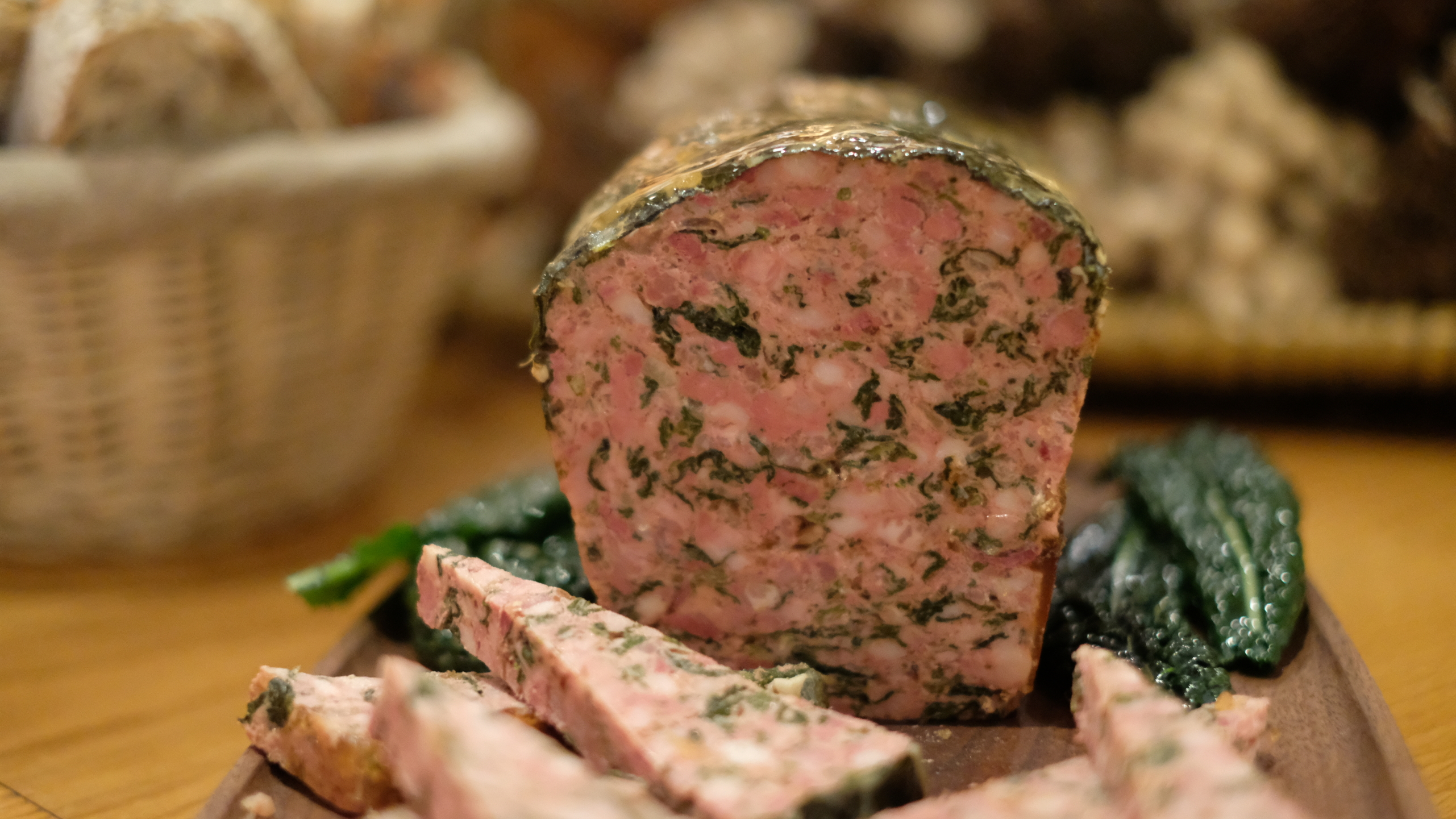 Learn From An Expert With A Charcuterie Tasting Experience