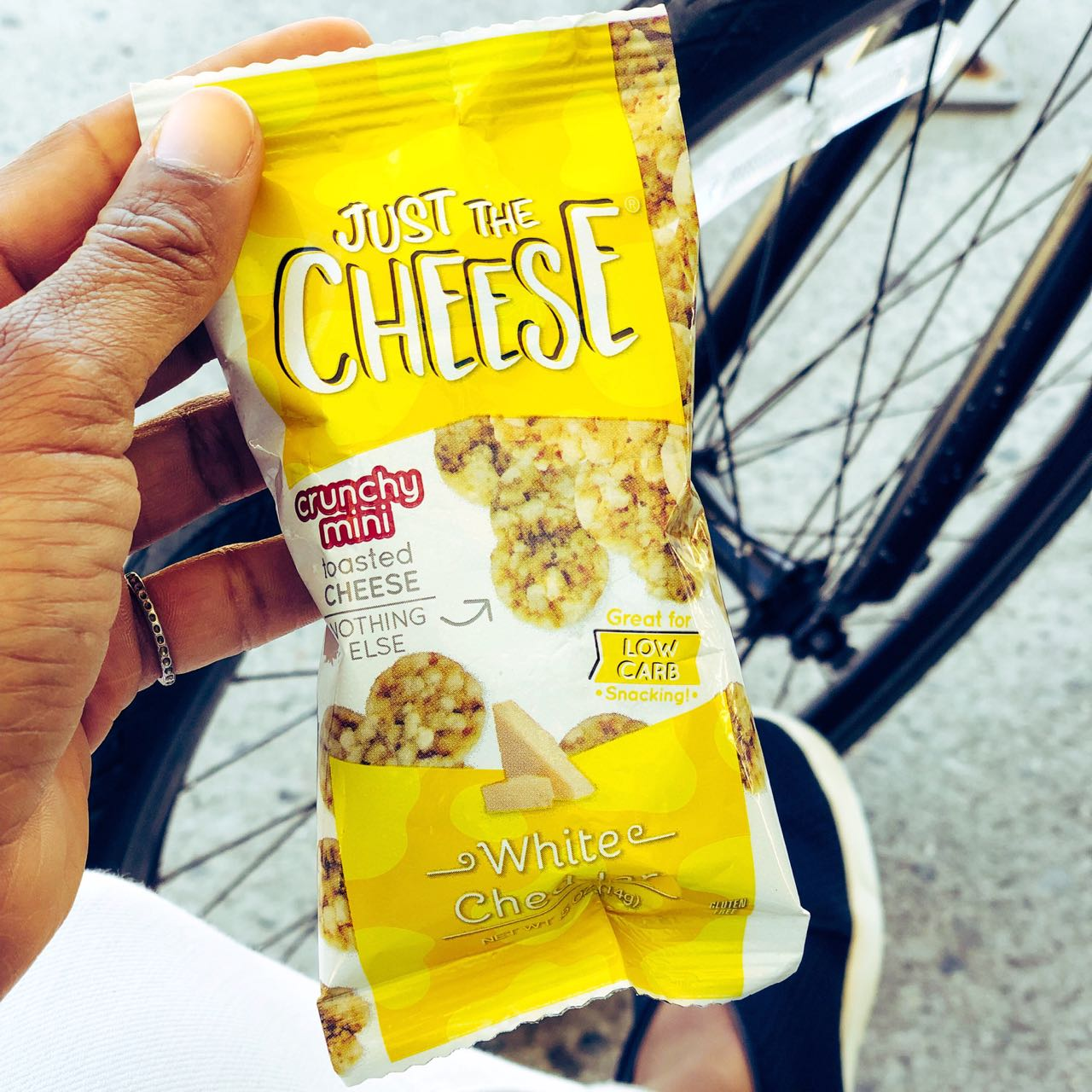 It's Traveling Season! Here Are The Best Snacks To Pack While On The Go