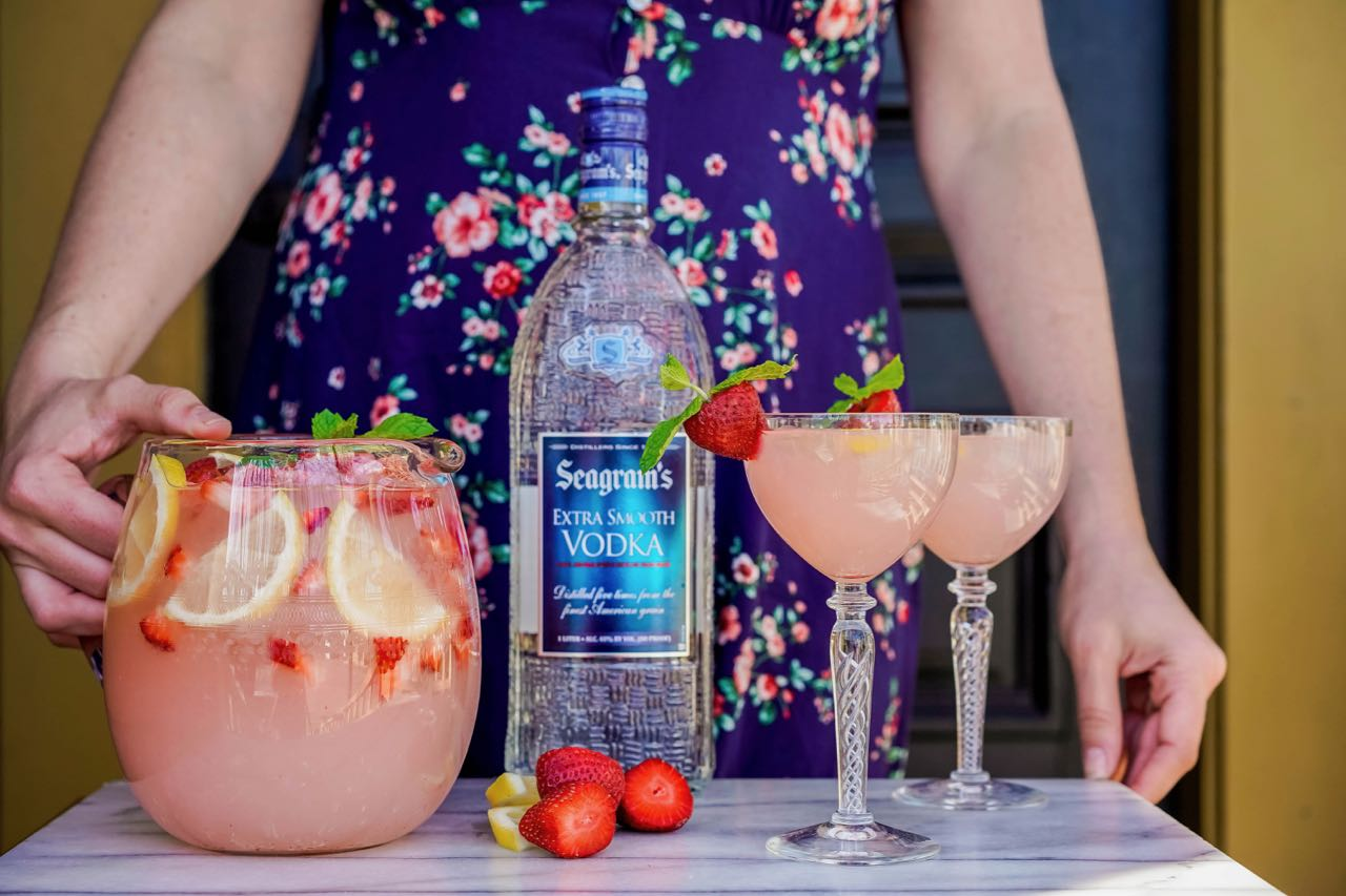 The Best Spring Cocktails To Serve At Your Next Brunch Party